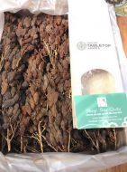 Nho khô nguyên cành TableTop Úc với màu nâu vàng đậm