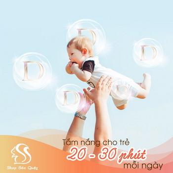 Tắm nắng là các bổ sung vitamin D tự nhiên cho trẻ